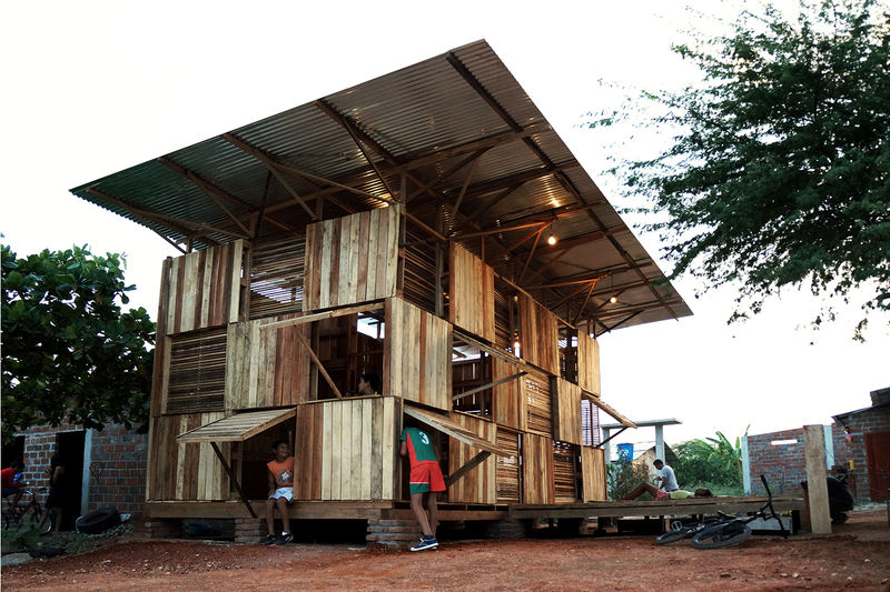 Easy-Build Wooden Homes