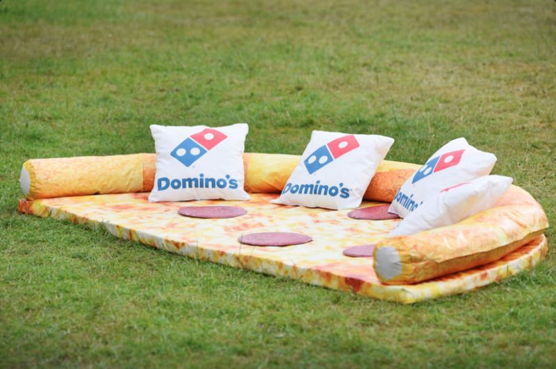 Pizza-Themed Sofas