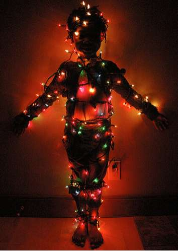 Wrapping Yourself In Lights Diy Christmas Strand Greeting