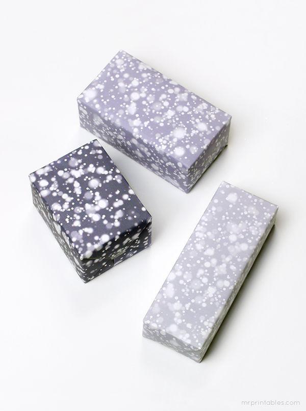 Printable Snowy Gift Wrap