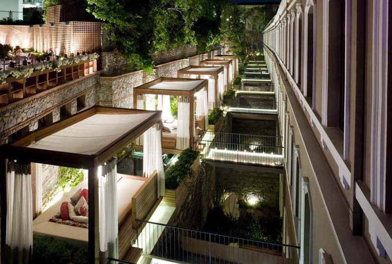 Private Cabana Suites