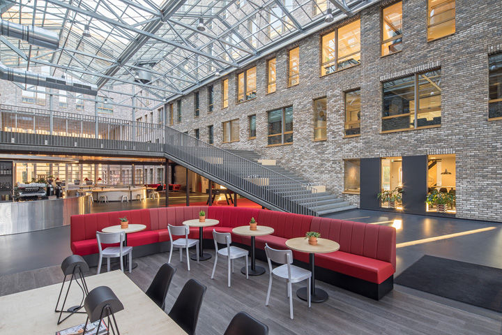 Encounter-Fostering Workspaces