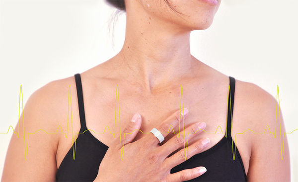 Heart-Monitoring Jewelry