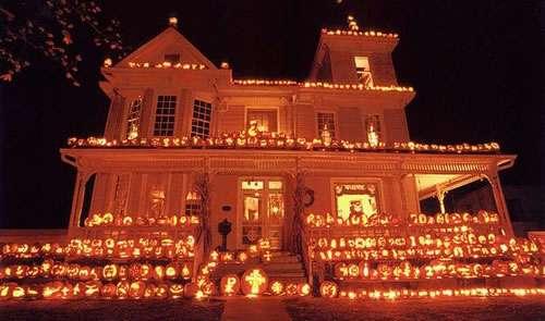 Extreme Halloween Exteriors