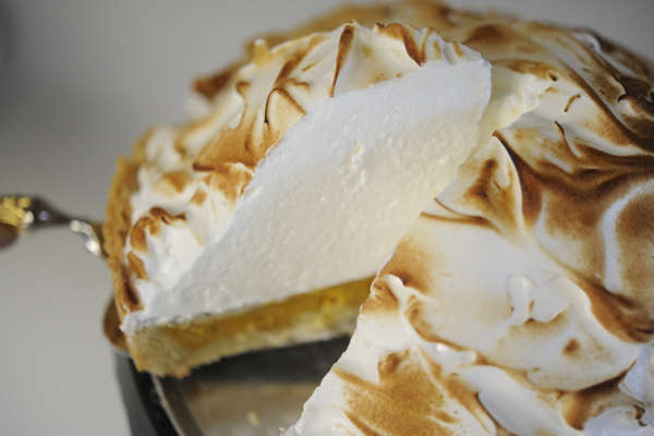 Fall-Infused Meringue Pies