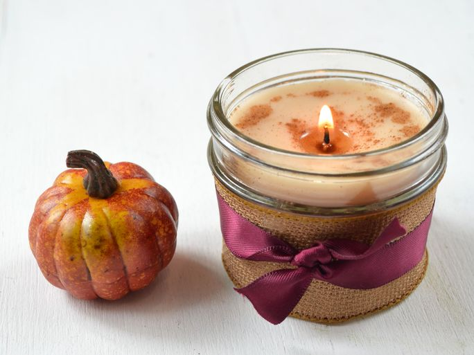 DIY Pumpkin Spice Candles