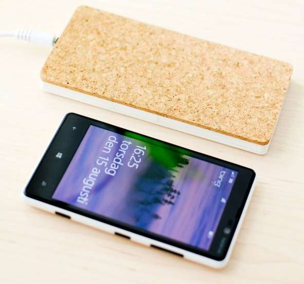 Cordless Smartphone Surfaces