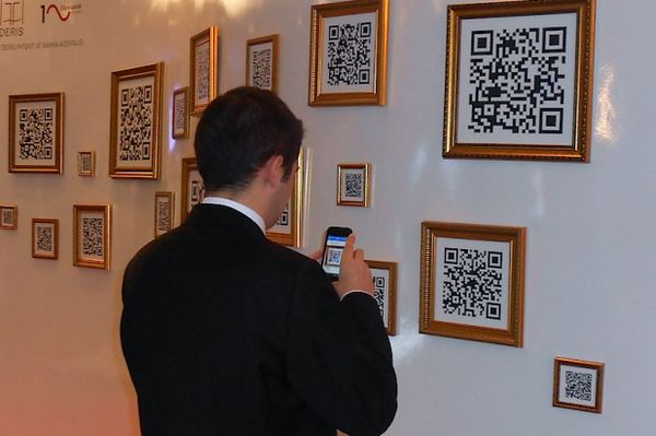 Scannable QR Code Galleries