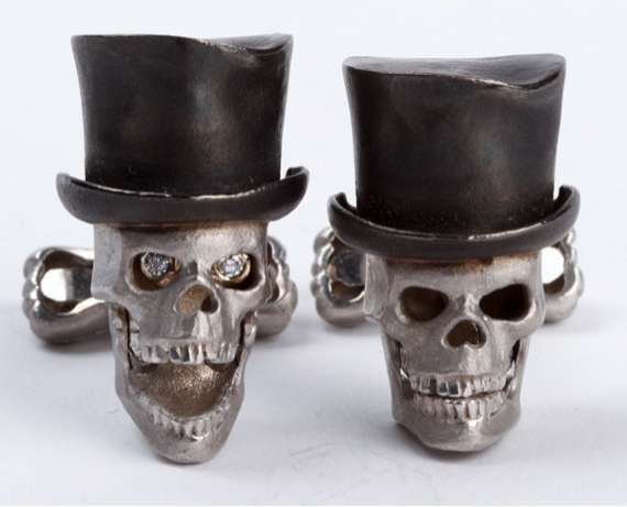 $10K Macabre Mancessories