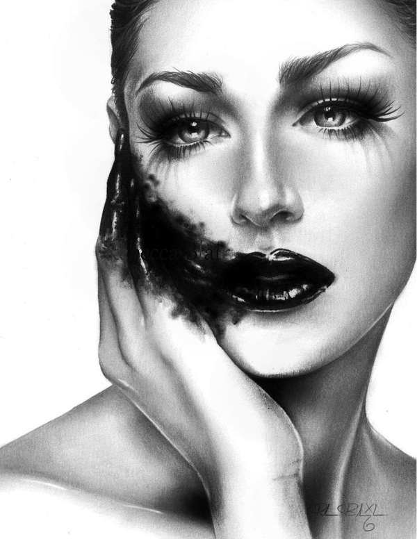 Mascara-Smeared Seductresses
