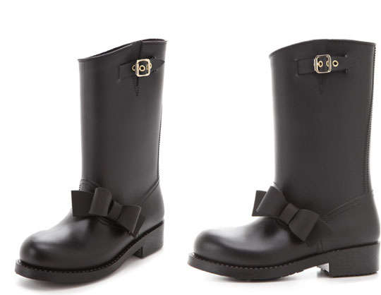 Flirty Bow-Tied Footwear : RED Valentino Bow Rain Boots