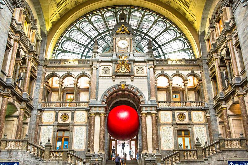 World-Traveling Ball Installations