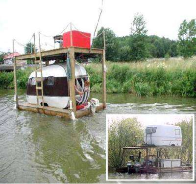 Redneck Houseboats