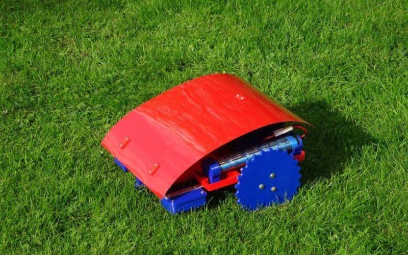 DIY Robotic Lawn Mowers