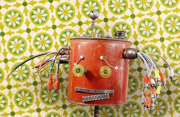 Recycled Material Robots (UPDATE)