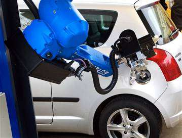 Gas Pumping Robots to Fuel Cars