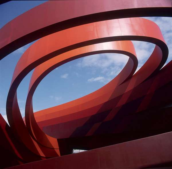 Ribbon-Wrapped Architecture