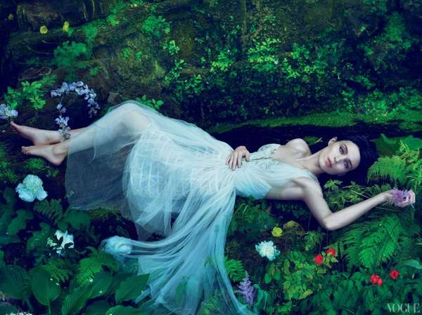 Glamorous Garden of Eden Shoots