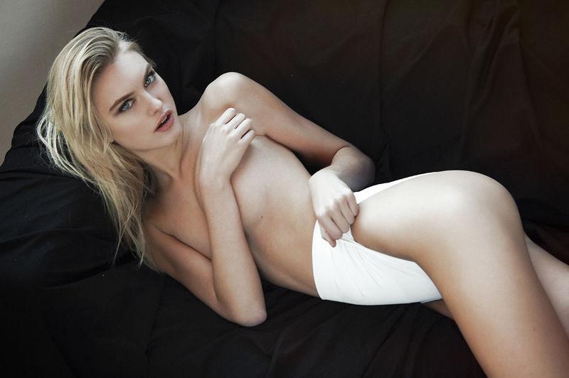 Artistic Nude Editorials