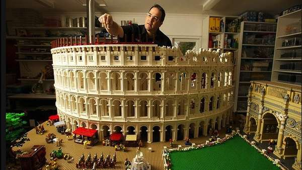 Roman Toy Block Architecture