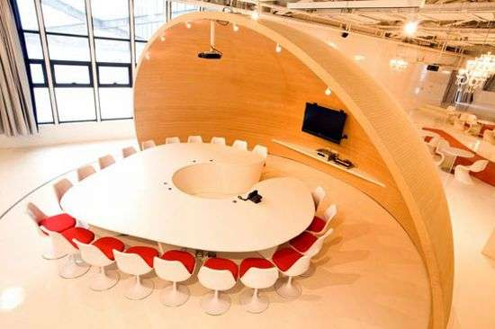 Heart-Shaped Conference Tables