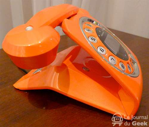 Sleek Old-School Dialers
