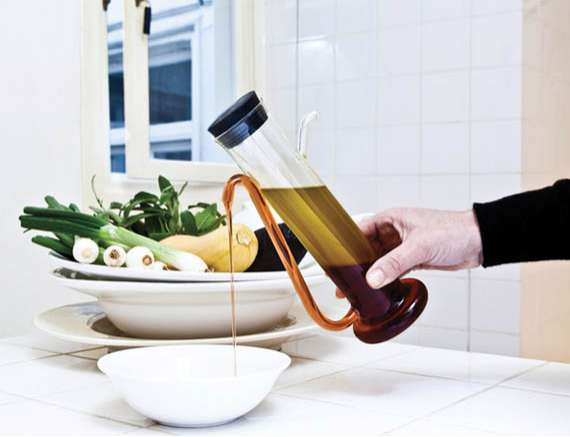 Sleek Separating Food Holders