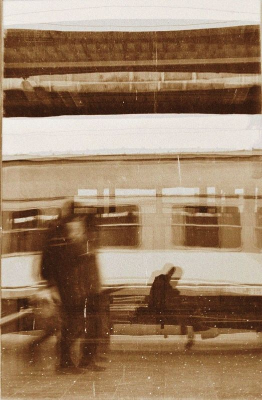 Blurred Train-Traveling Images