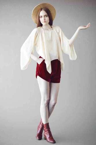 Pre-Raphaelites-Inspired Fashion