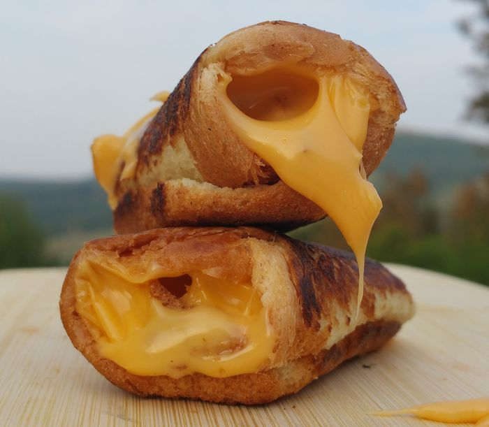 Dunkable Cheese Sandwiches