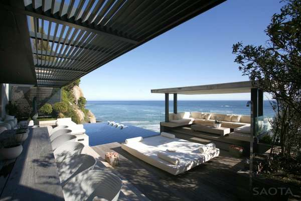 SAOTA and Antoni Associates Victoria 73 House