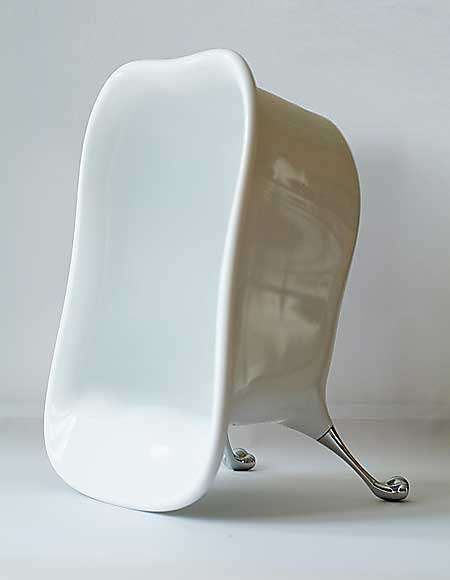 Bathtub-Inspired Chairs