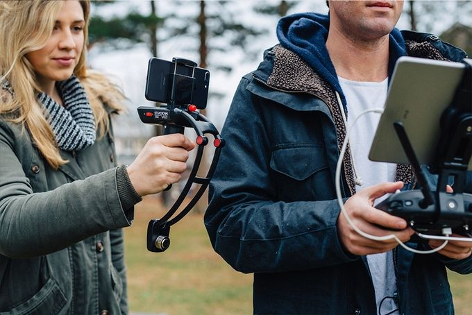 Collapsing Smartphone Stabilizers