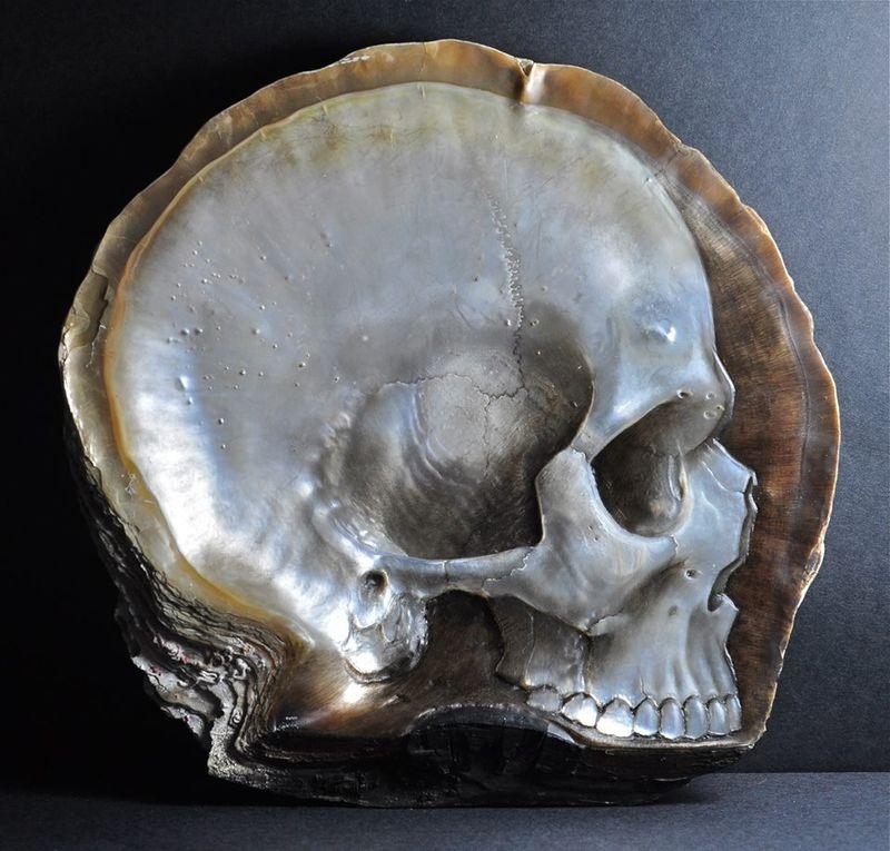 Pearl Skull Carvings