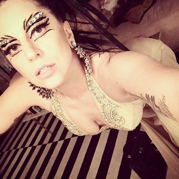 Selfie Makeup Campaigns