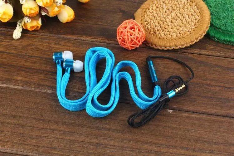 Elongated Shoelace Earphones