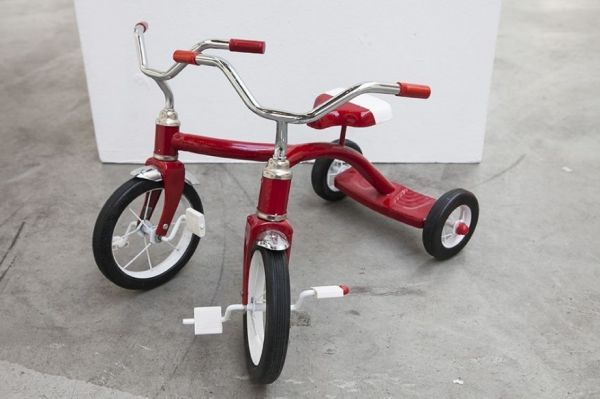 Silly Unstructured Tricycles