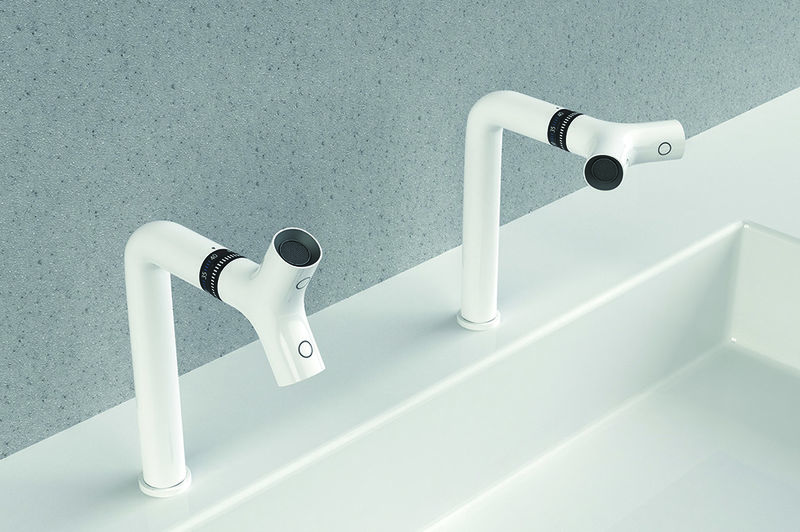 Multifunctional Twisting Faucets