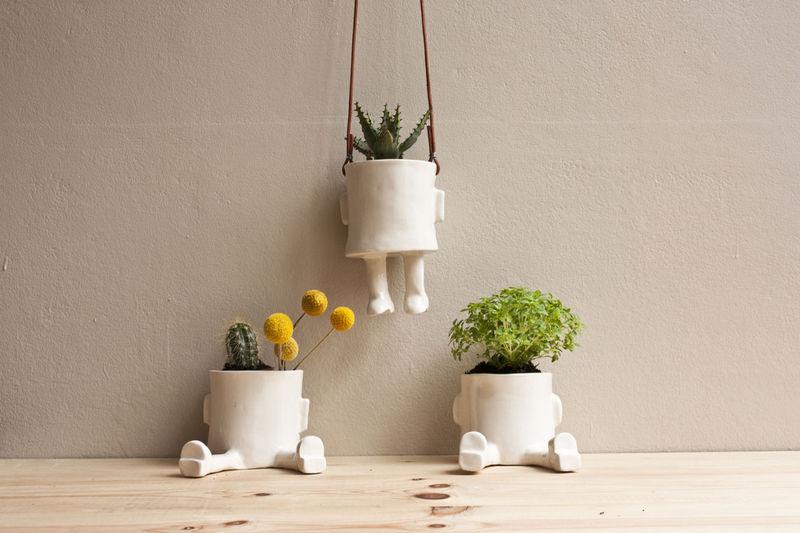 Sitting Plant Pots