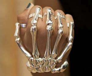 Finger-Fitted Skeletal Bracelets