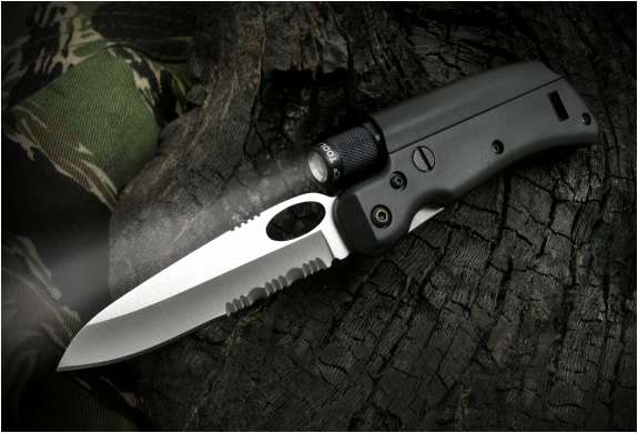 Magnetic Wilderness Blades