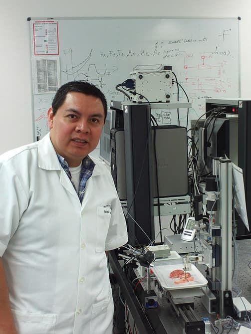 Tumor-Detecting Scalpels