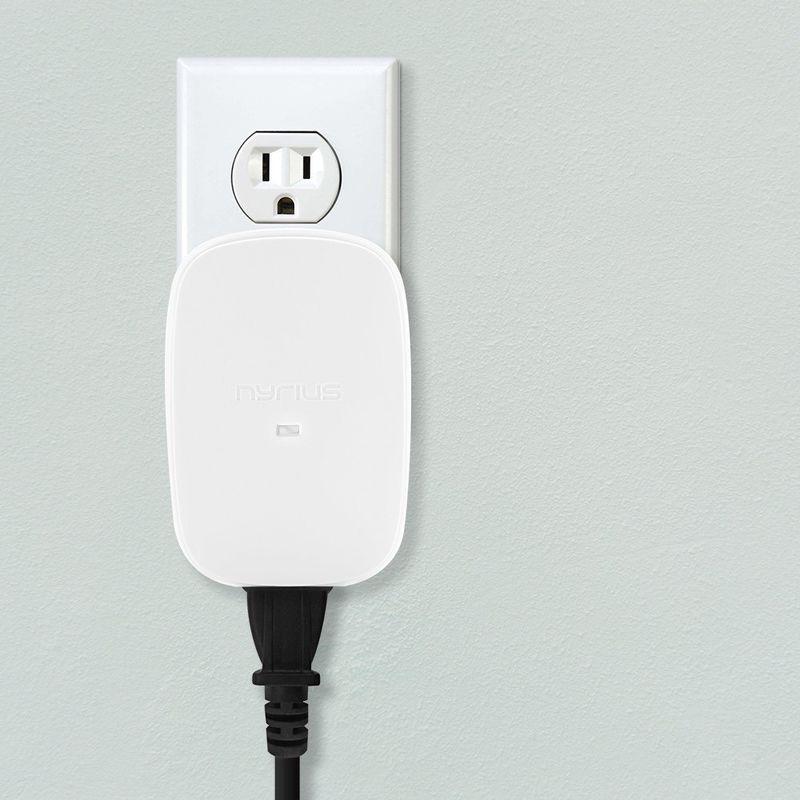 Motion-Sensing Outlets
