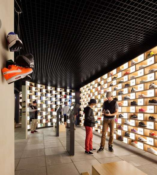Grid-Like Shoe Exhibits