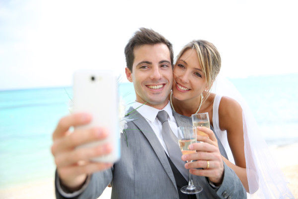 Social Media Wedding Services