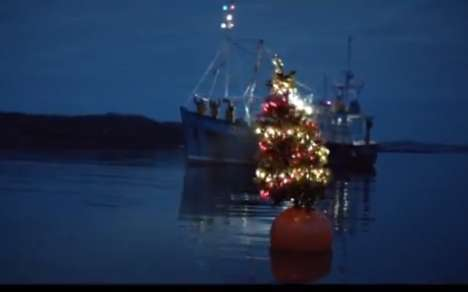 Travelling Christmas Tree Ads