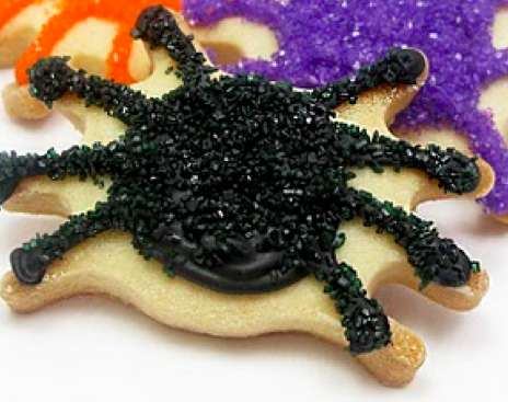 sparkly spider cookie