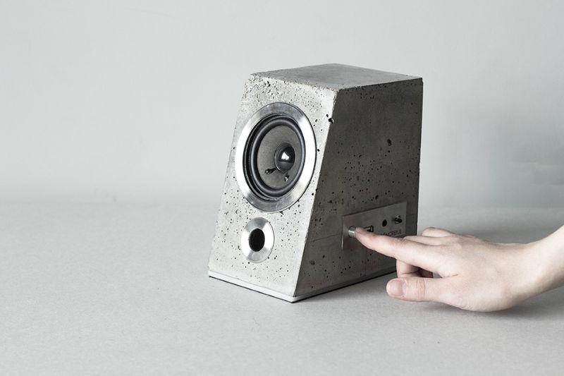 Betão Lajes Speaker