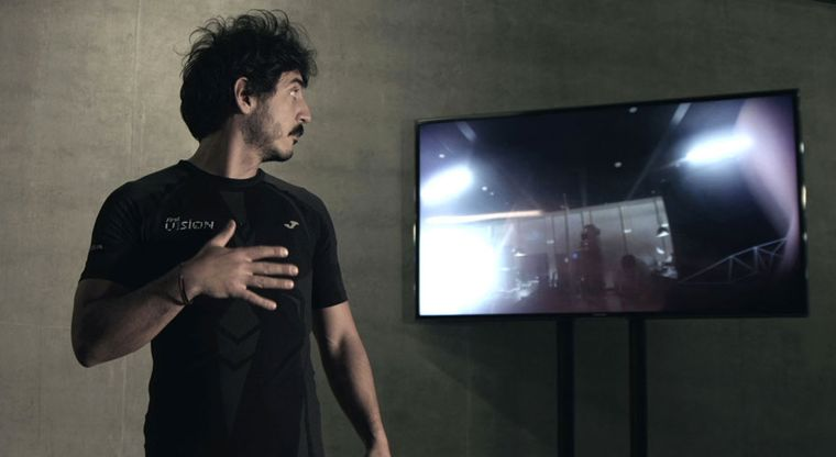 Camera-Embedded Active Wear