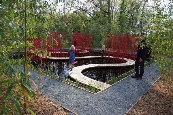 Winding Watery Walkways Square Amp Round By Turenscape